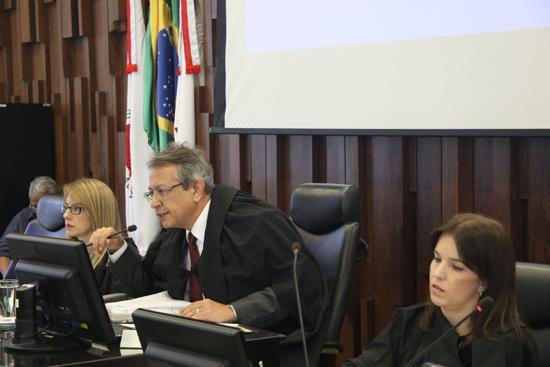 Primeiro Pleno do ano aprova voto de pesar pelo falecimento do ministro Teori Zavascki (imagem 1)