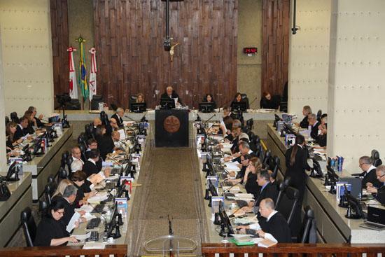 Pleno decide sobre descumprimento de Tese Prevalecente e presidente emite mensagem de Natal (imagem 1)