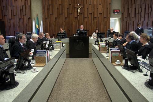 1ª SDI realiza sessão de julgamento pelo PJe (imagem 1)