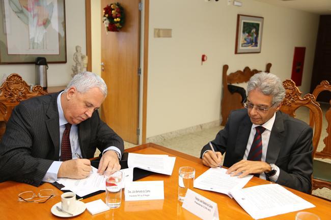 TRT-MG assina acordo de acesso à Central Eletrônica de Registro de Imóveis (imagem 1)