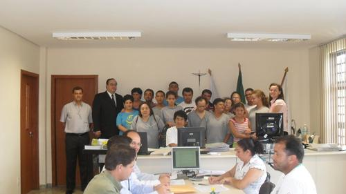 VT de Bom Despacho recebe alunos da Apae e da EJA (imagem 1)