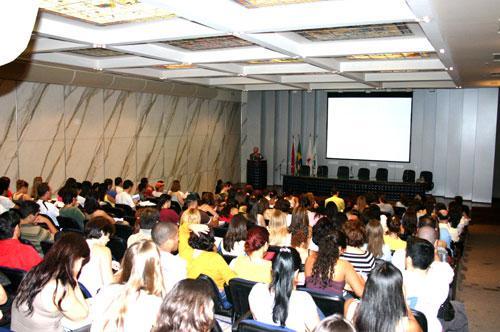 Presidente do TRT ministra Aula Magna para estudantes de Direito (imagem 2)