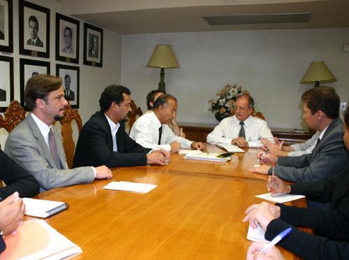 Presidente do TRT discute ações de informática e comunicação social (imagem 1)