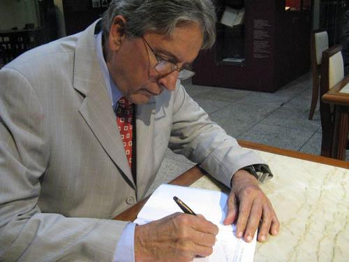 Leis & Letras lança obras de três juristas do TRT-MG com palestra do Prof. Antônio Álvares (imagem 3)