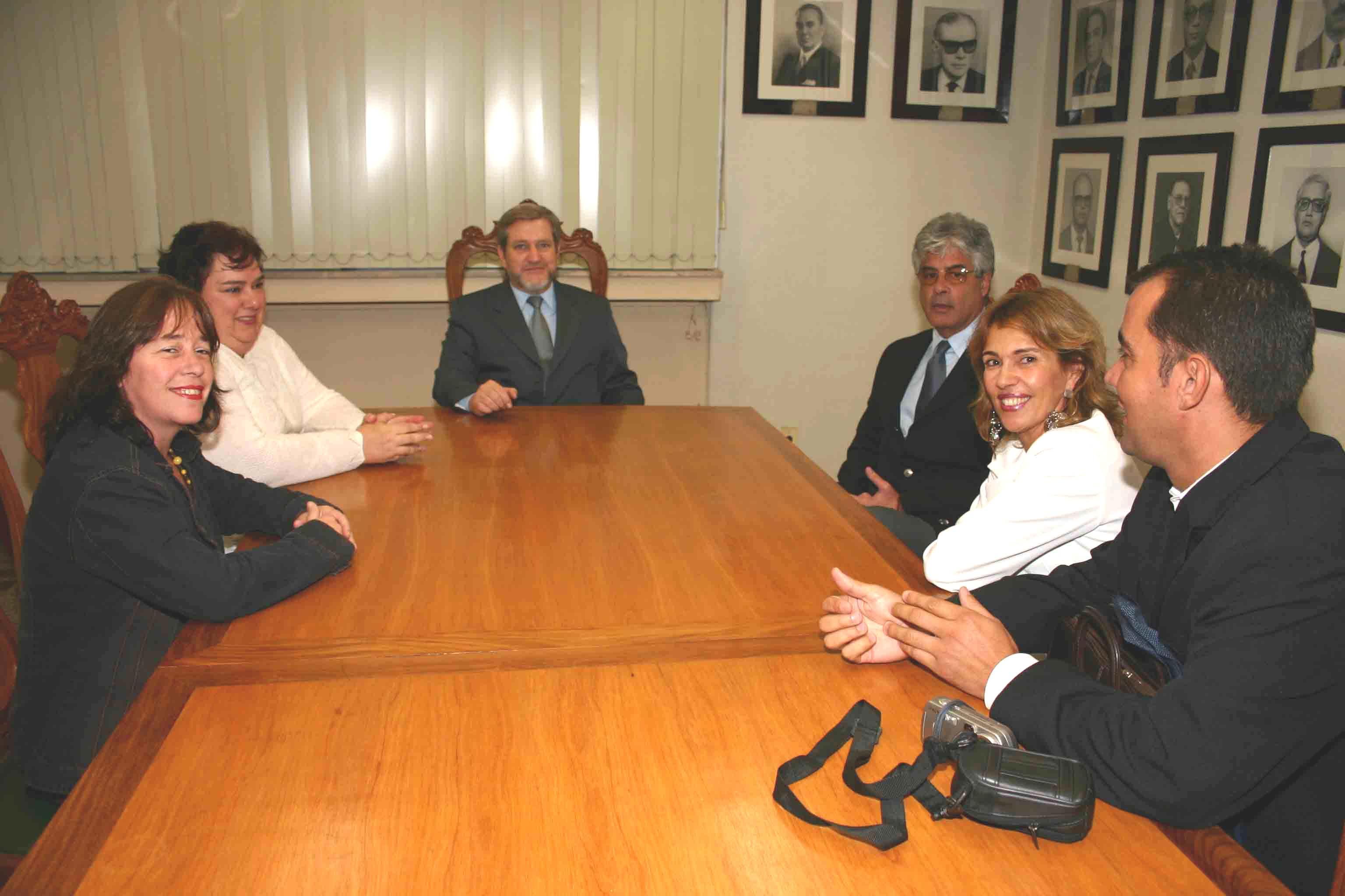 Presidente recebe representantes de Oficiais de Justiça (imagem 1)