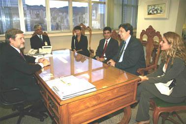 Presidente do TRT recebe visita do Superintendente do Setor Público Banco Real (imagem 1)